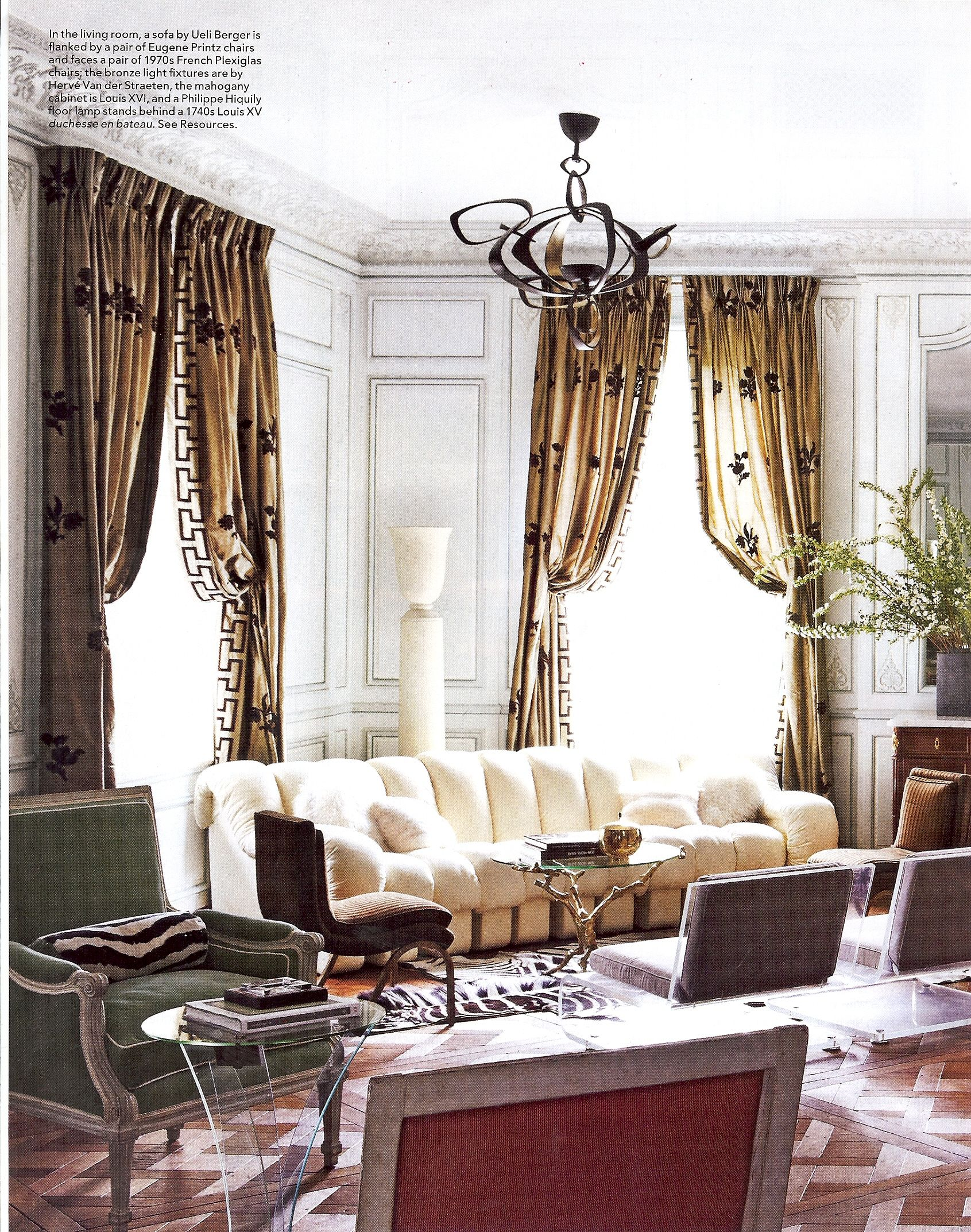 Classic Molding Detail Home Living Room Family Room Design Home
