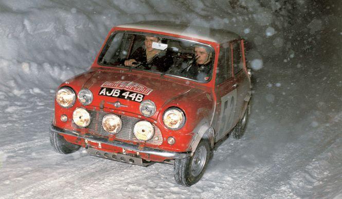 MINI CooperS ミニクーパーS 1965年 モンテカルロ・ラリーで総合優勝したミニ クーパーS