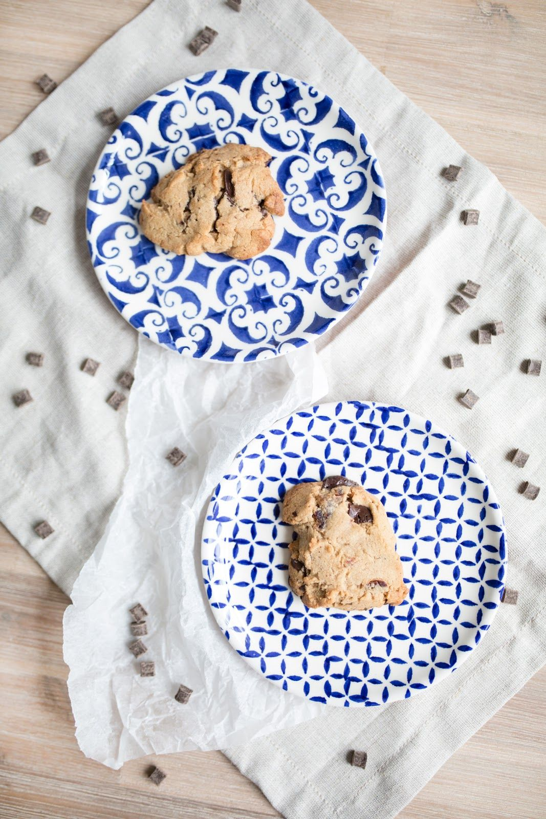 MY FAVOURITE VEGAN CHOCOLATE CHIP + DATE COOKIES