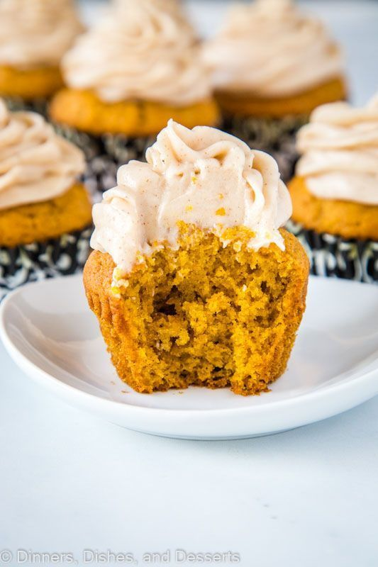 Pumpkin Spice Cupcakes with Cream Cheese Frosting - tender pumpkin cupcakes up all the delicious fall spices and topped with a cinnamon flavored cream cheese frosting. #pumpkinspicecupcakes Pumpkin Spice Cupcakes with Cream Cheese Frosting - tender pumpkin cupcakes up all the delicious fall spices and topped with a cinnamon flavored cream cheese frosting. #pumpkinspicecupcakes Pumpkin Spice Cupcakes with Cream Cheese Frosting - tender pumpkin cupcakes up all the delicious fall spices and topped #pumpkinspicecupcakes