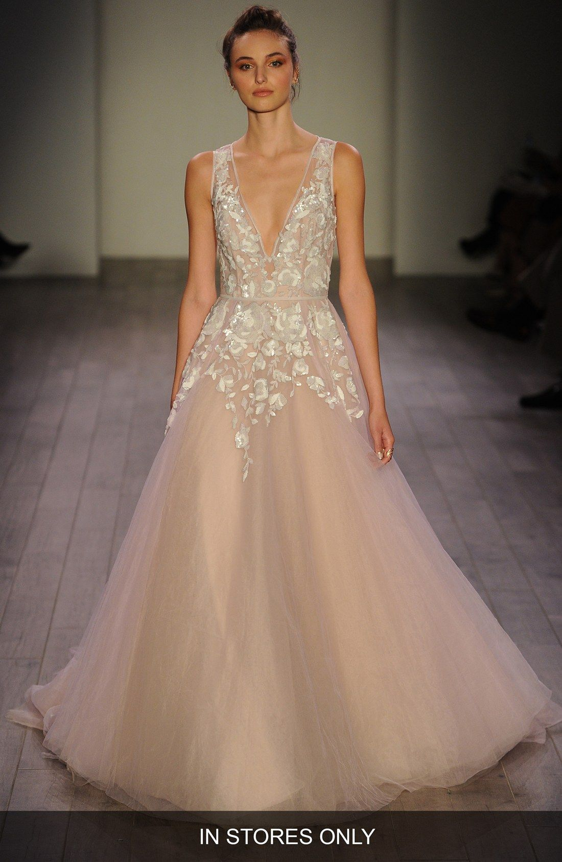 Hayley paige leah floral sequin v neck tulle ballgown in stores hayley paige leah floral sequin v neck tulle ballgown in stores only ombrellifo Image collections