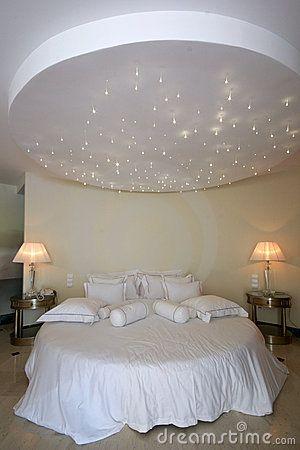 cama redonda de motel | Dicas de decoração | Pinterest | Cama ...