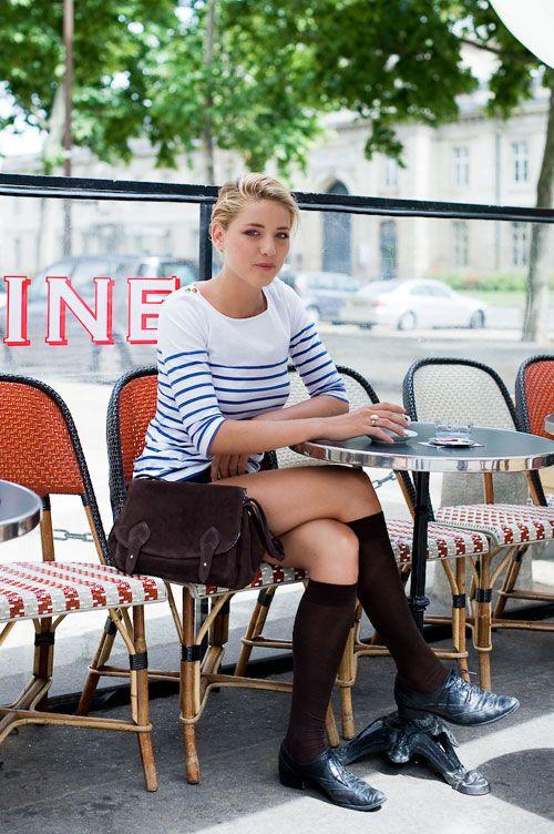 gah i love stripes and parisian cafes