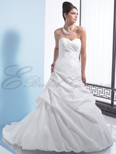 a symetrical tafeta ruched a line wedding dress | Line Taffeta Dropped asymmetric Bodice Sweetheart Wedding Dress