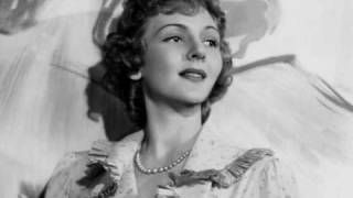 one touch of venus musical - YouTube Mary Martin (Larry Hagman's mother), the original Venus.