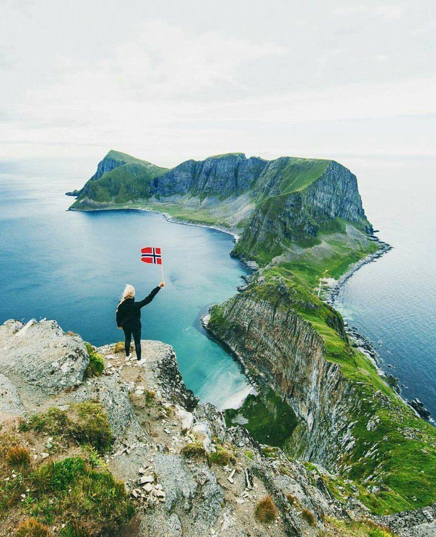 Захватывающий вид на Værøy, Лофотенские острова. Как же ты ...