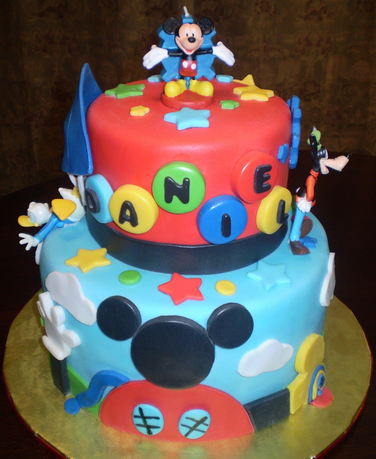 Mickey Mouse Birthday Cake Divine Cakes By Janice
