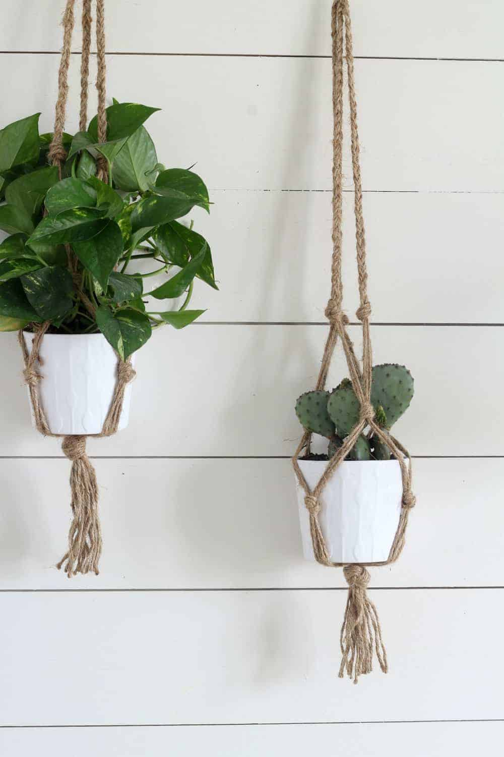 Simple Diy Macrame Plant Hanger With Video Tutorial Farmhouse On Boone Boone Diy Farmhouse Han In 2020 Macrame Plant Hanger Diy Macrame Plant Hanger Plant Hanger