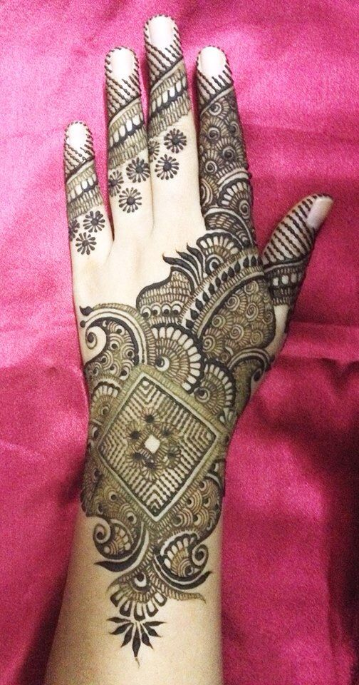 13 Unique Henna Designs Doing The Rounds This Wessing: Pin On Tattoos