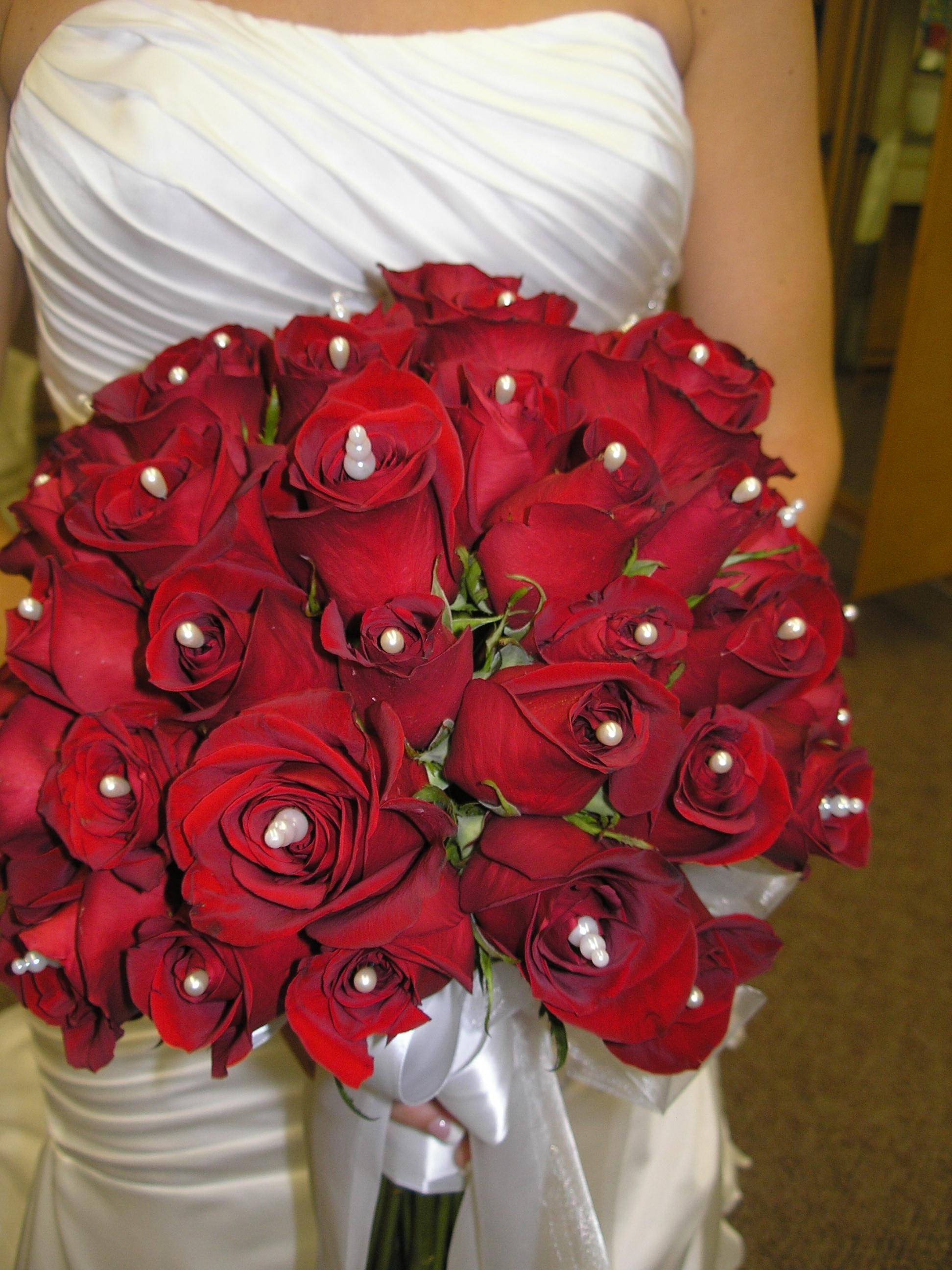 d02fa342adb40 Lots of red roses with pin accents | Flowers I have done | Red roses ...