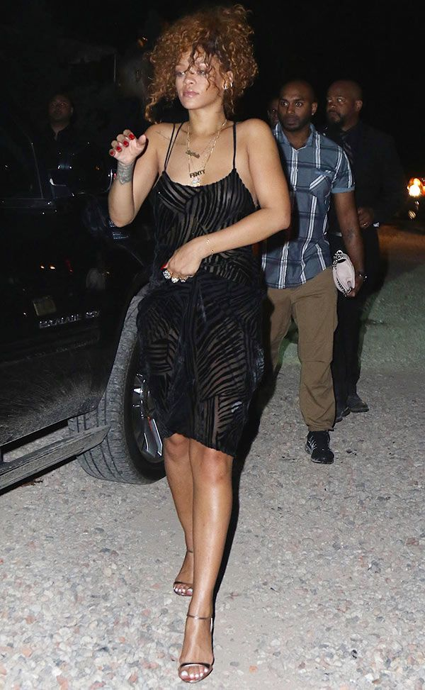 Rihanna Flashes Nipples In Sheer Dress While Clubbing: See Her ...