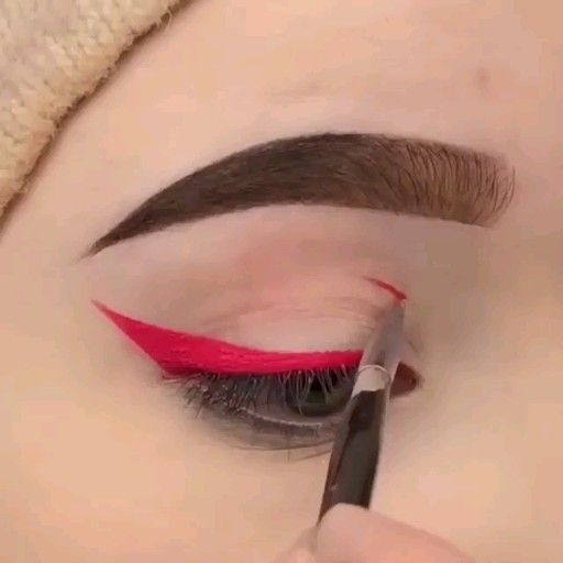 Beautiful Eye Makeup Tips😍