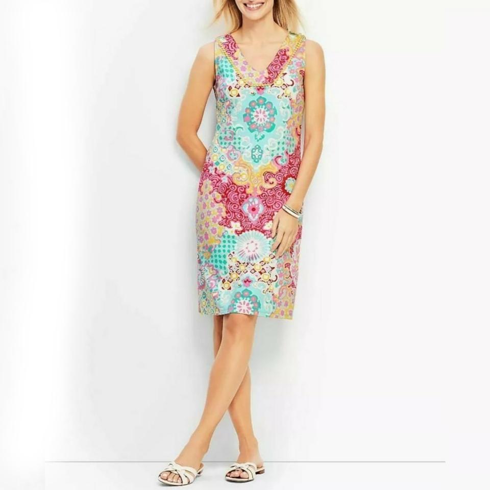 Talbots Multi Color Pastel Medallion Interlock Shift Mid Length Short Casual Dress Size Petite 8 M Short Dresses Casual Sleeveless Dress Summer Dresses [ 960 x 960 Pixel ]