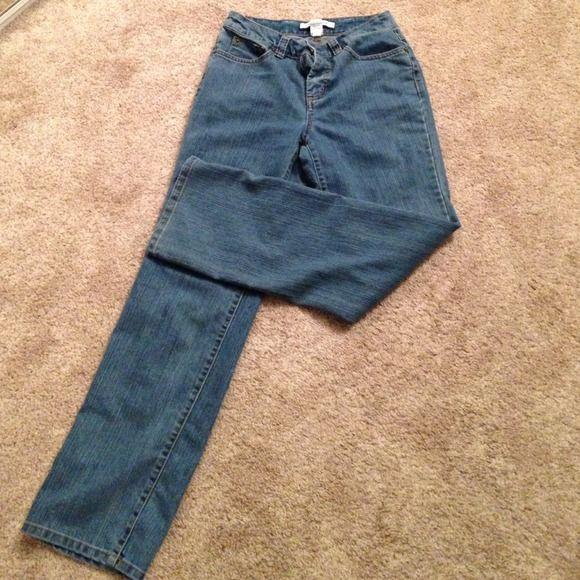 Croft & barrow jeans sz 6 average Jeans very good condition croft & barrow Jeans