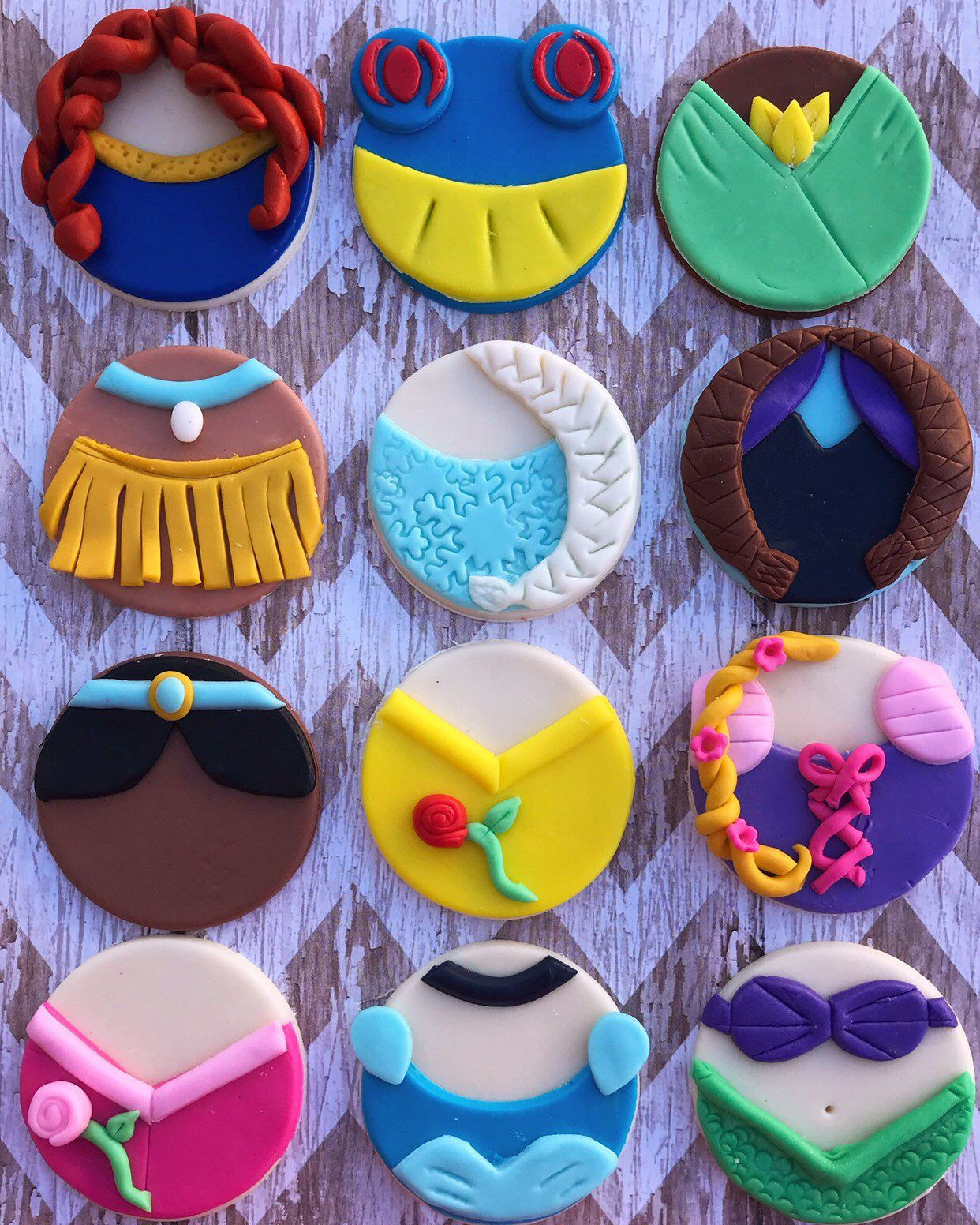 12 Fondant Disney princess inspired cupcake toppers frozen beauty and the beast cinderella ariel #fondant