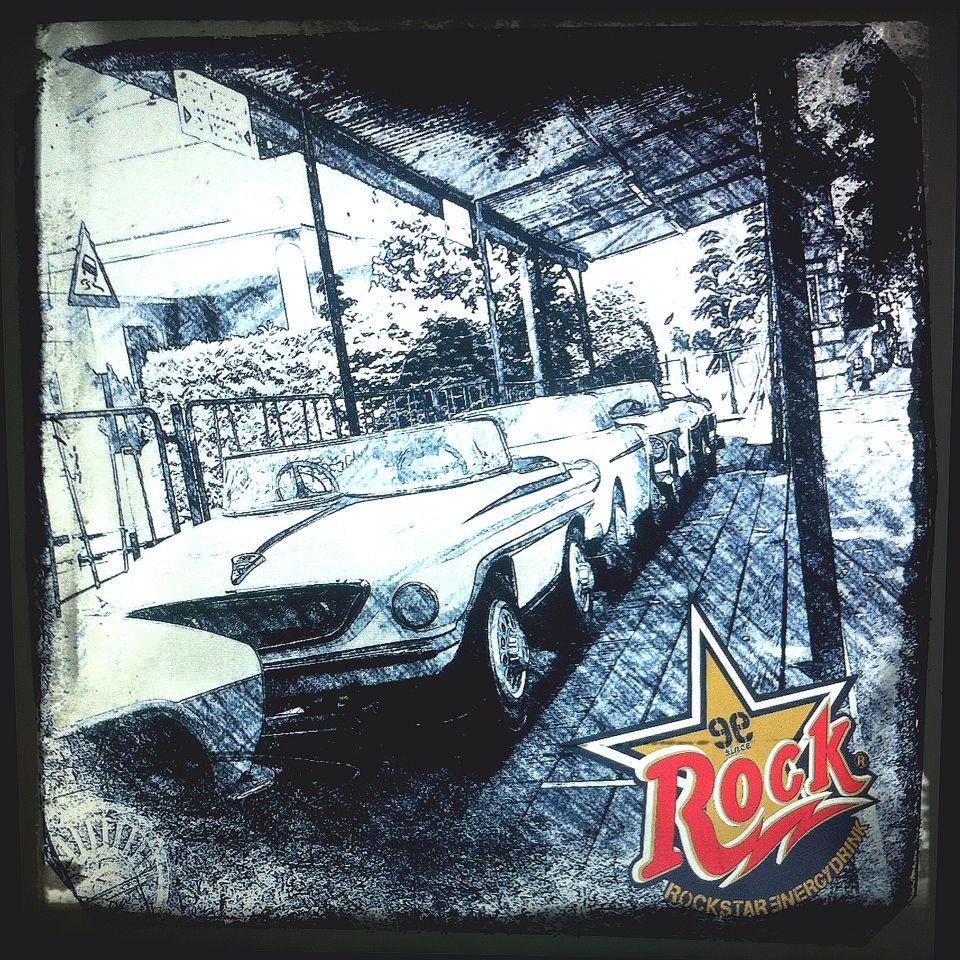 CLASSIC CARS ROCKSTAR