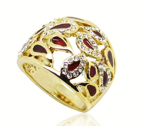luxury ruby drop surround by Hyacinth crystal decorate gold plated engagement rings