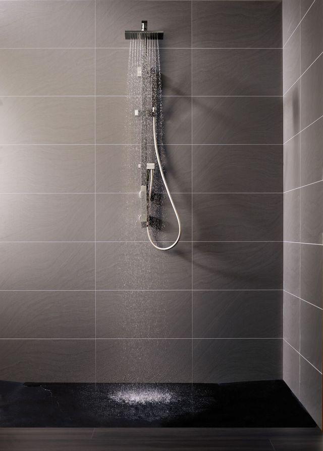 Douche à Litalienne Quel Carrelage Revêtement Au Sol Et Au Mur - Panneau mural salle de bain imitation carrelage