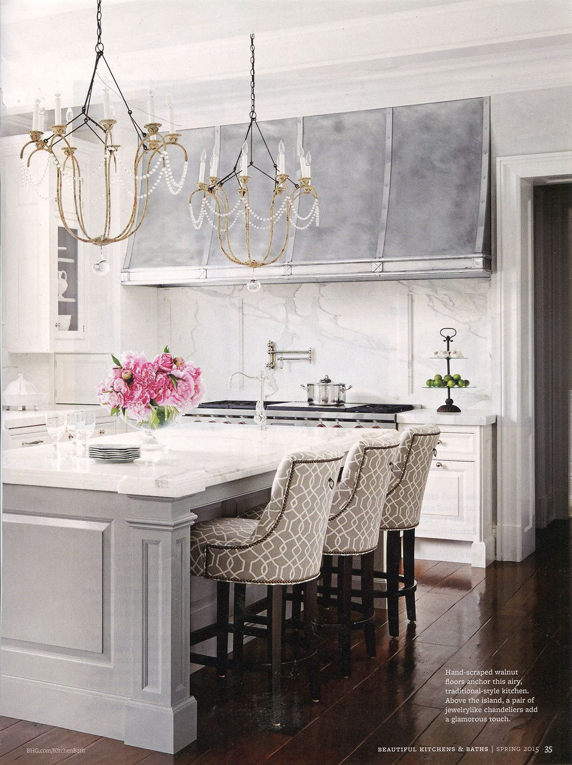 Best A Pair Of Italian Chandeliers In A Kitchen Designed By 640 x 480