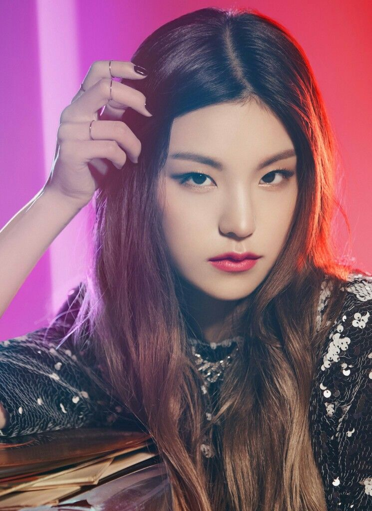 Pin By Nicolexxi On Itzy Itzy Kpop Girls Kpop Girl Groups