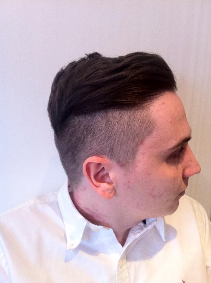 Men S Hair Style With Texturising Dust For Extra Volume And Seem