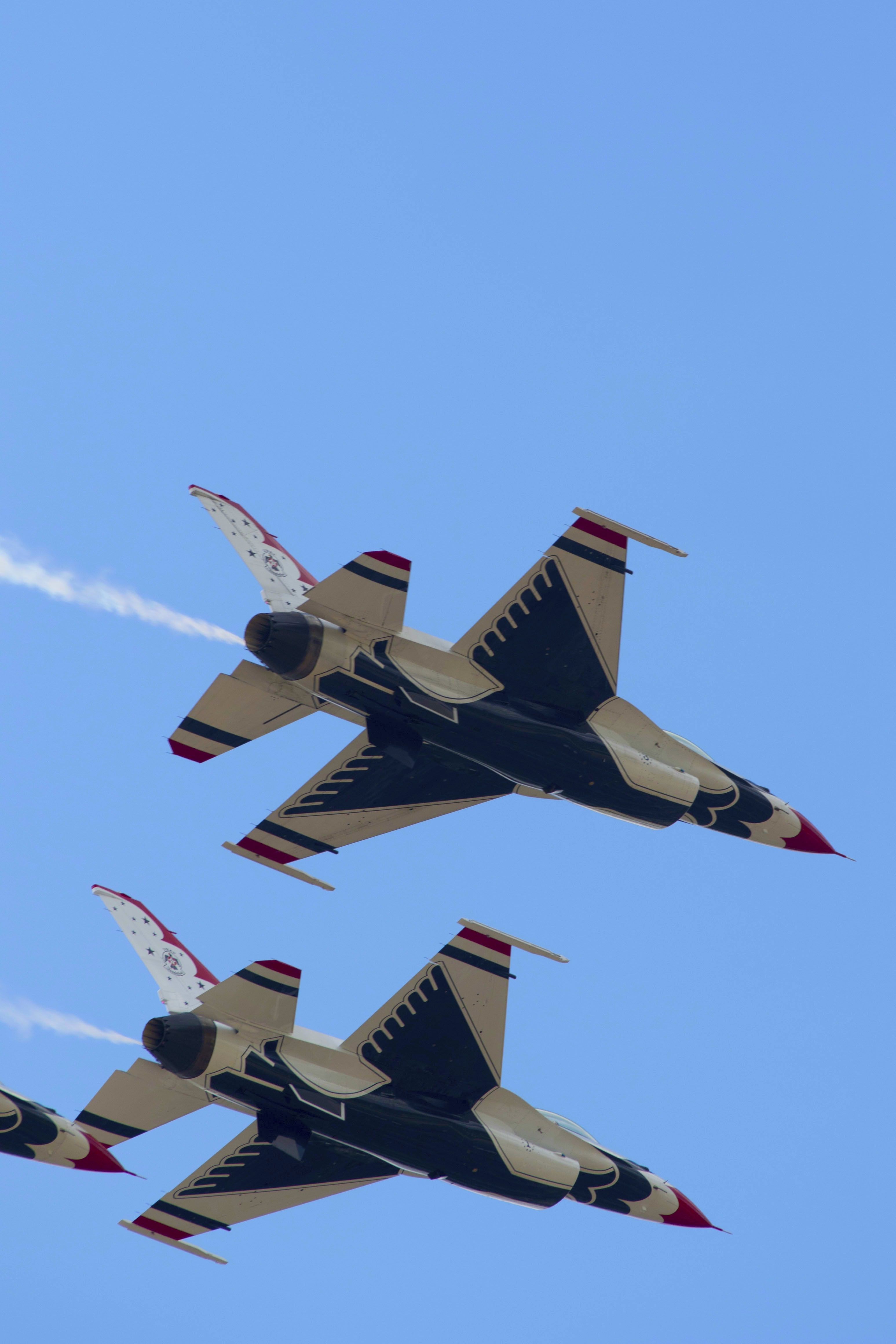 Thunderbirds at Wings above Pittsburgh Air Show Usaf