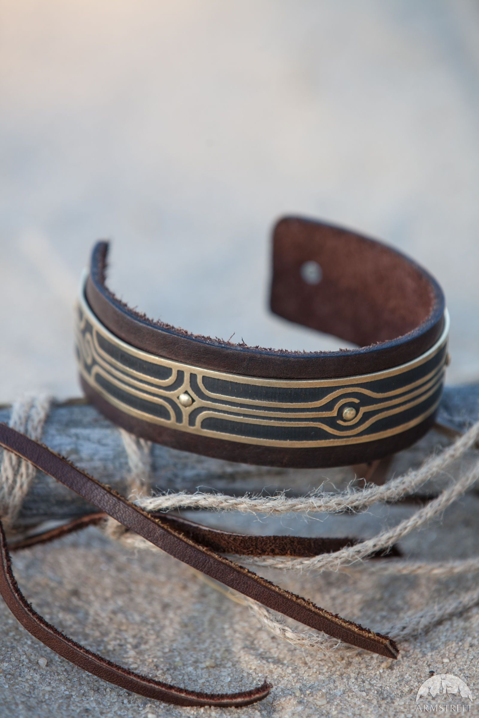 """bef5c9b4fea85 Bicep Bracelet """"Labyrinth"""" in 2019 
