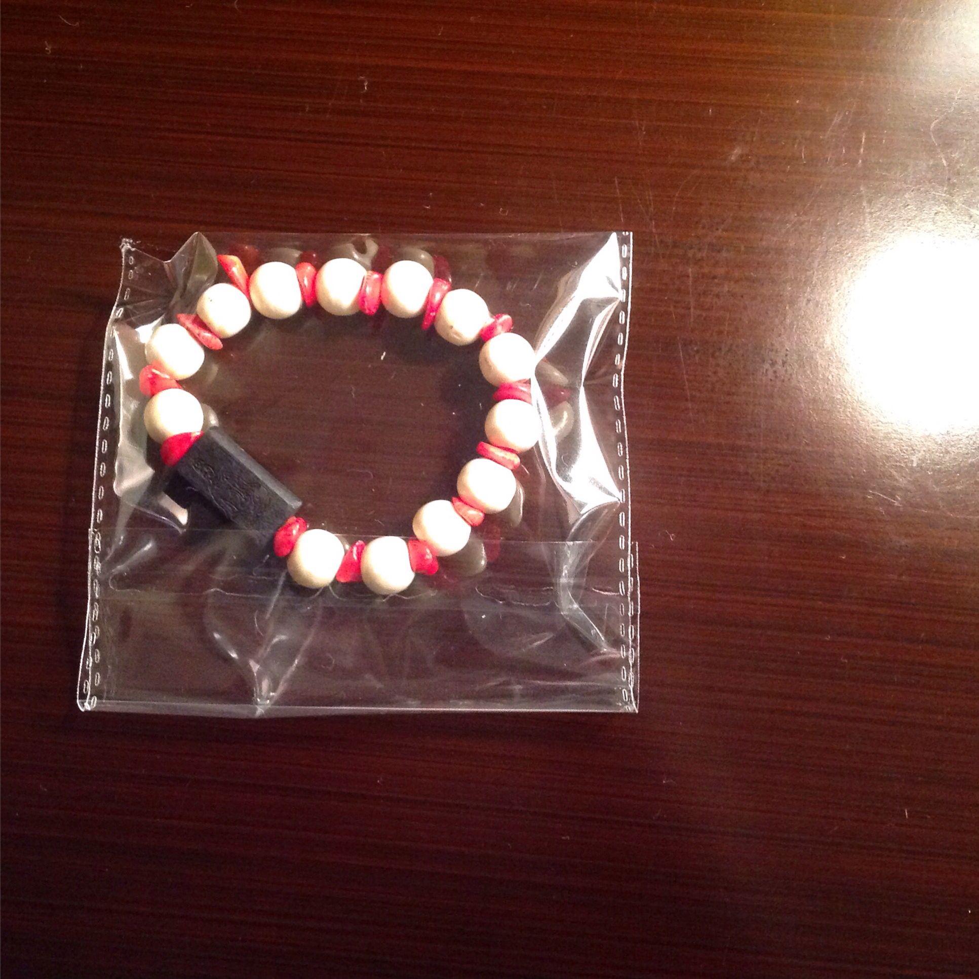 Brazalete tibetana con abalorios blancos con coral rojo para mujeres y hombres