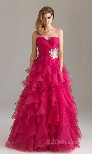 A stunning Prom dress. This has to be my favourite.