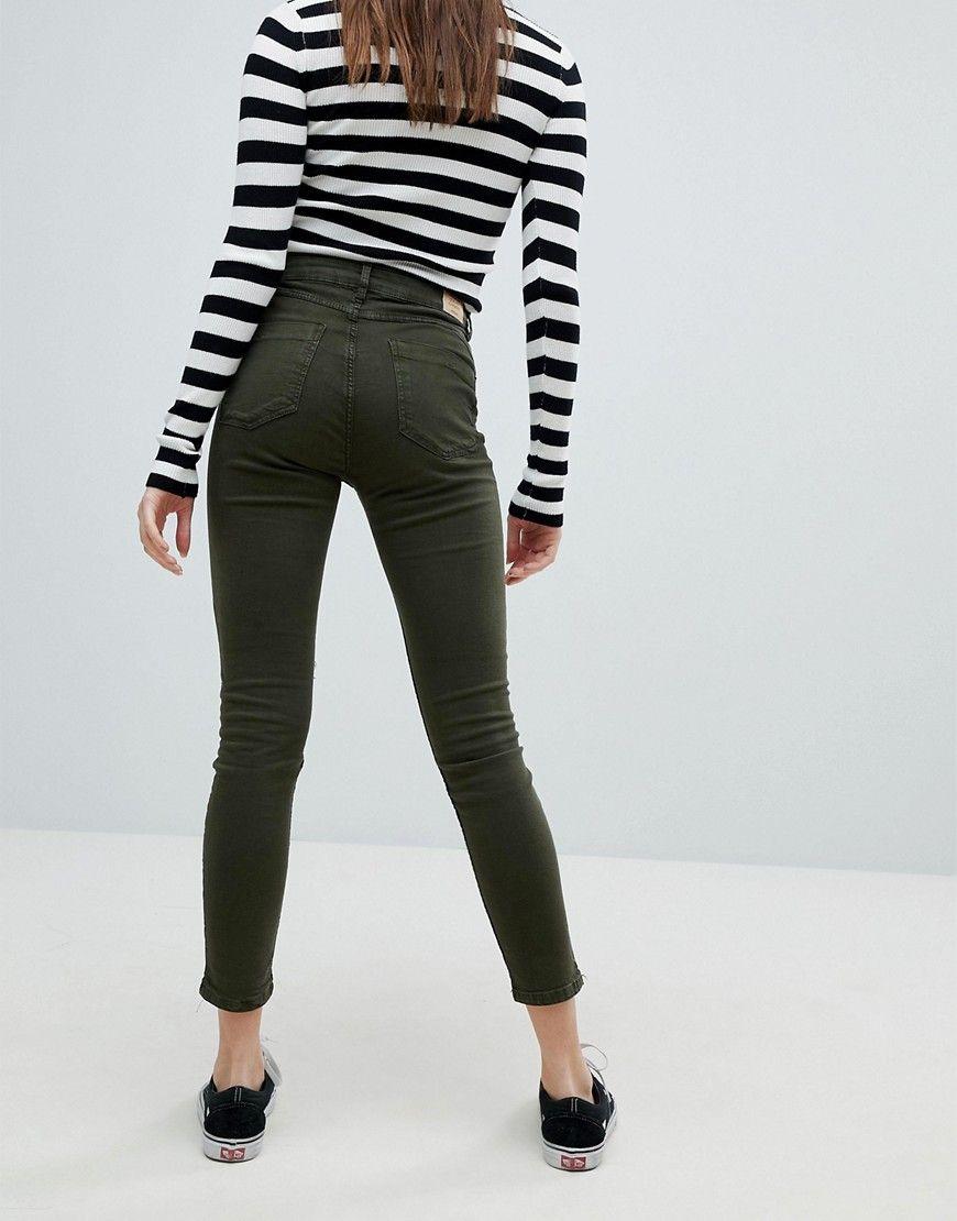 996bd83e0 Bershka High Waist Mom Jean   Products   High Waist Jeans, Mom jeans ...