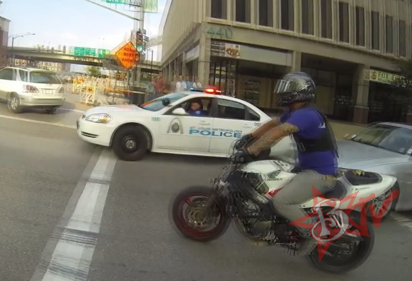 Bike Vs Police Chase Motorcycle Stunts Running From The Cops
