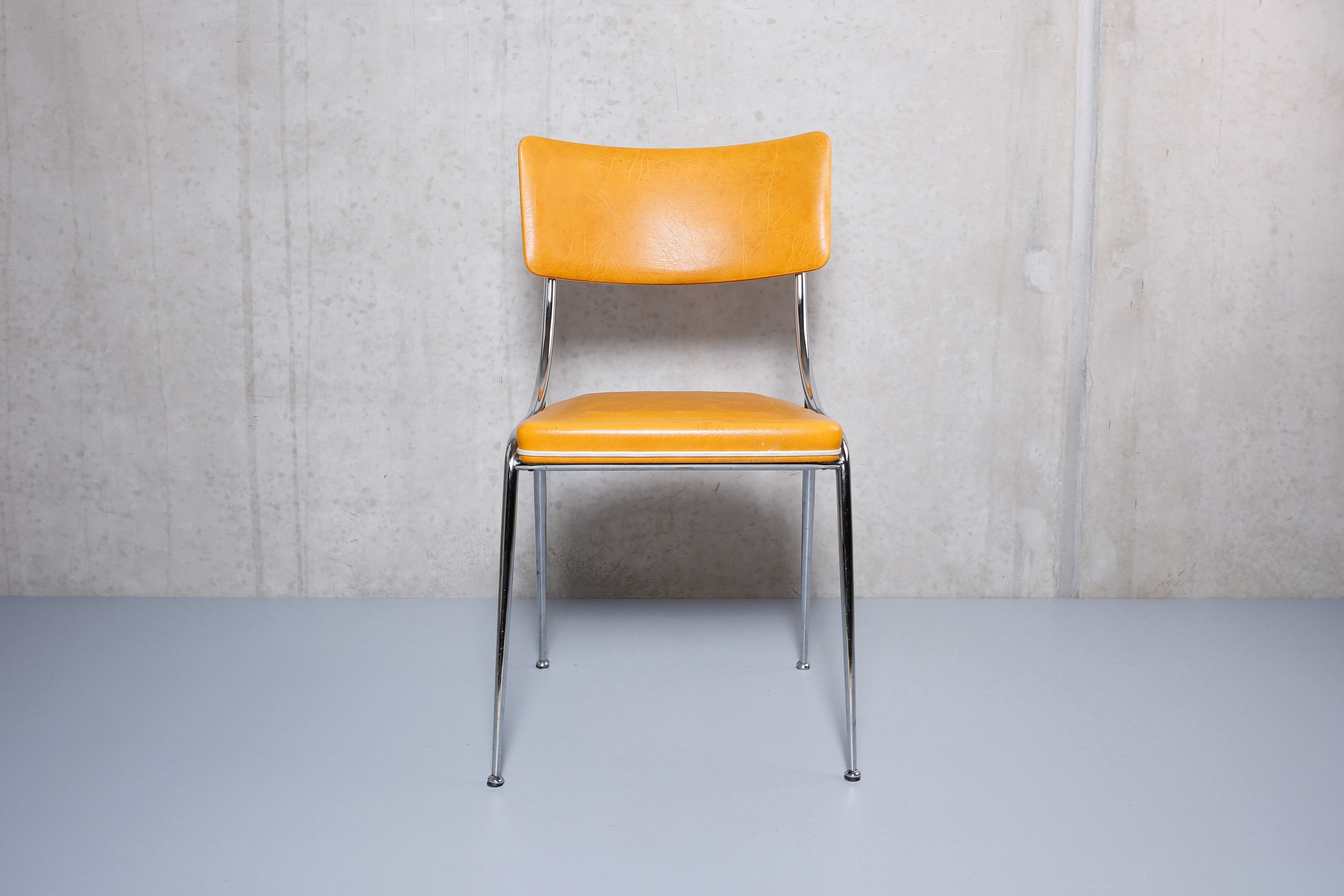 Küchenstühle (2) und Hocker (1), gelbes Kunstleder   Stühle ...