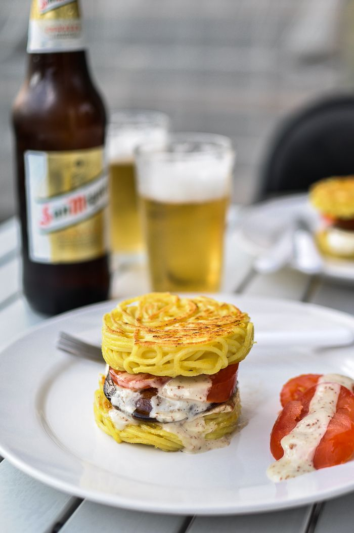Spaghetti Burger, the Italian response to NYC's ramen burger - Food Recipes HQ