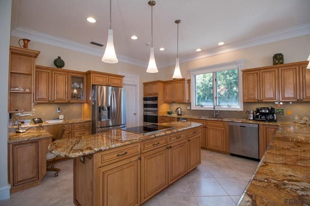 2 Via Verona Palm Coast Fl 32137 In 2020 Home Decor Home Palm Coast
