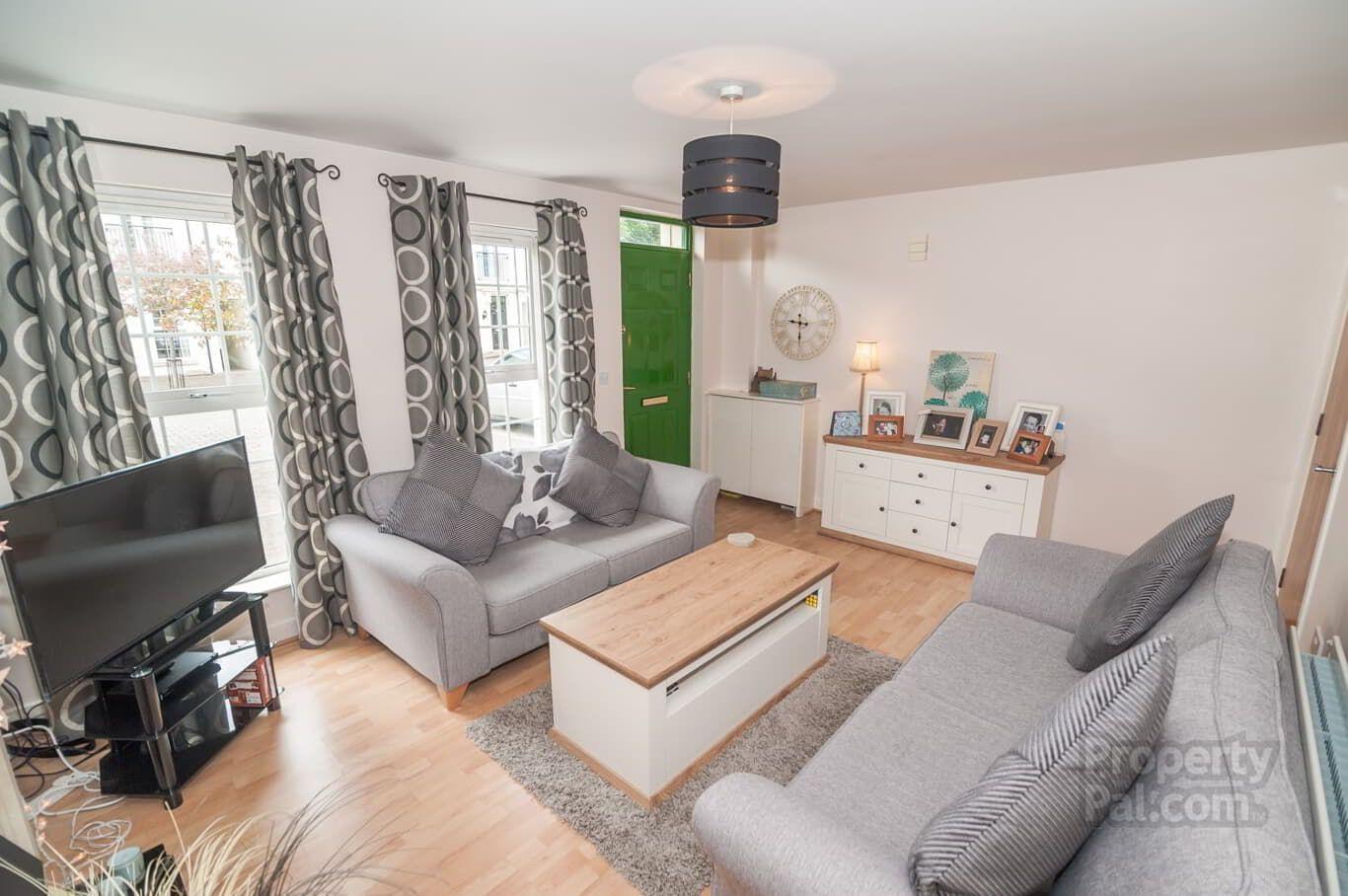 One Bedroom Apartment, Agincourt Avenue, Queens Quarter