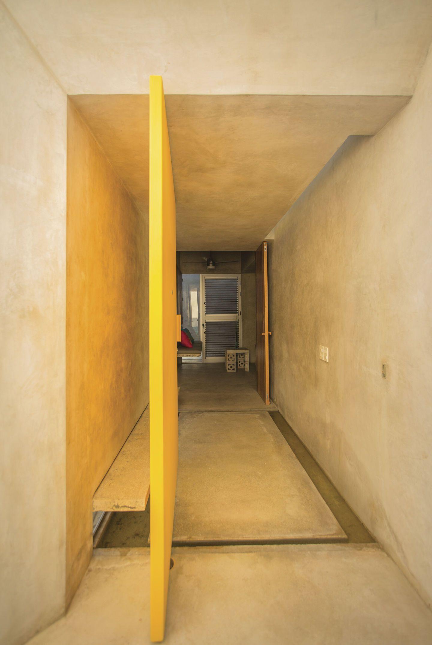 Taco Taller De Arquitectura Contextual Leo Espinosa Casa Gabriela Divisare Modern Entrance Door Architecture Architectural Inspiration
