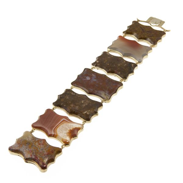 Georgian Agate Scalloped Plaque Bracelet