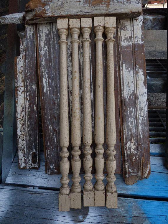 5 Vintage Wood Spindles Rail Baers Table Legs Chippy 21