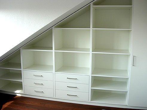 Möbel Für Dachschrä Ikea regal mit schubkästen unter einer dachschräge eingepasst