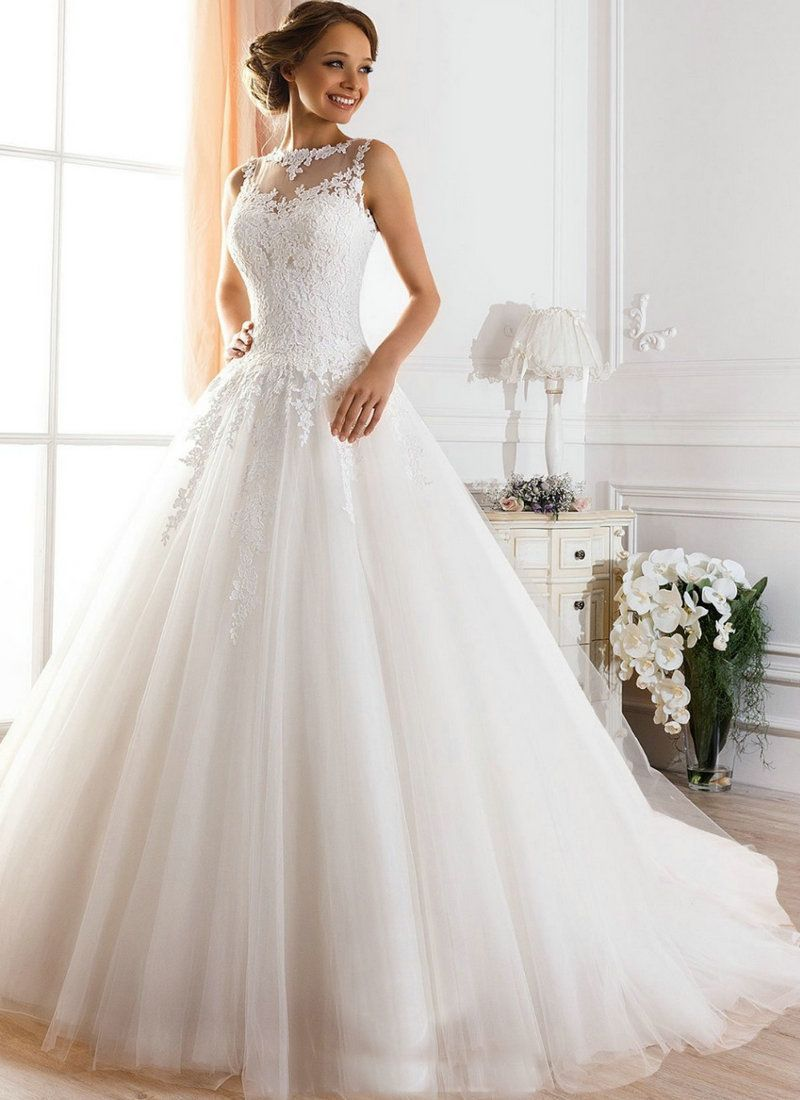 Fluffy wedding dresses  How breathtaking is this dress  Wedding gowns  Pinterest
