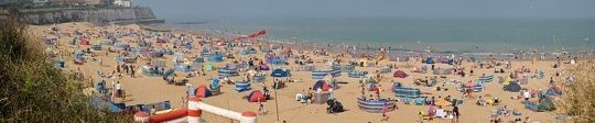 Study English in England at the beach with our lovely Broadstairs summer schools.