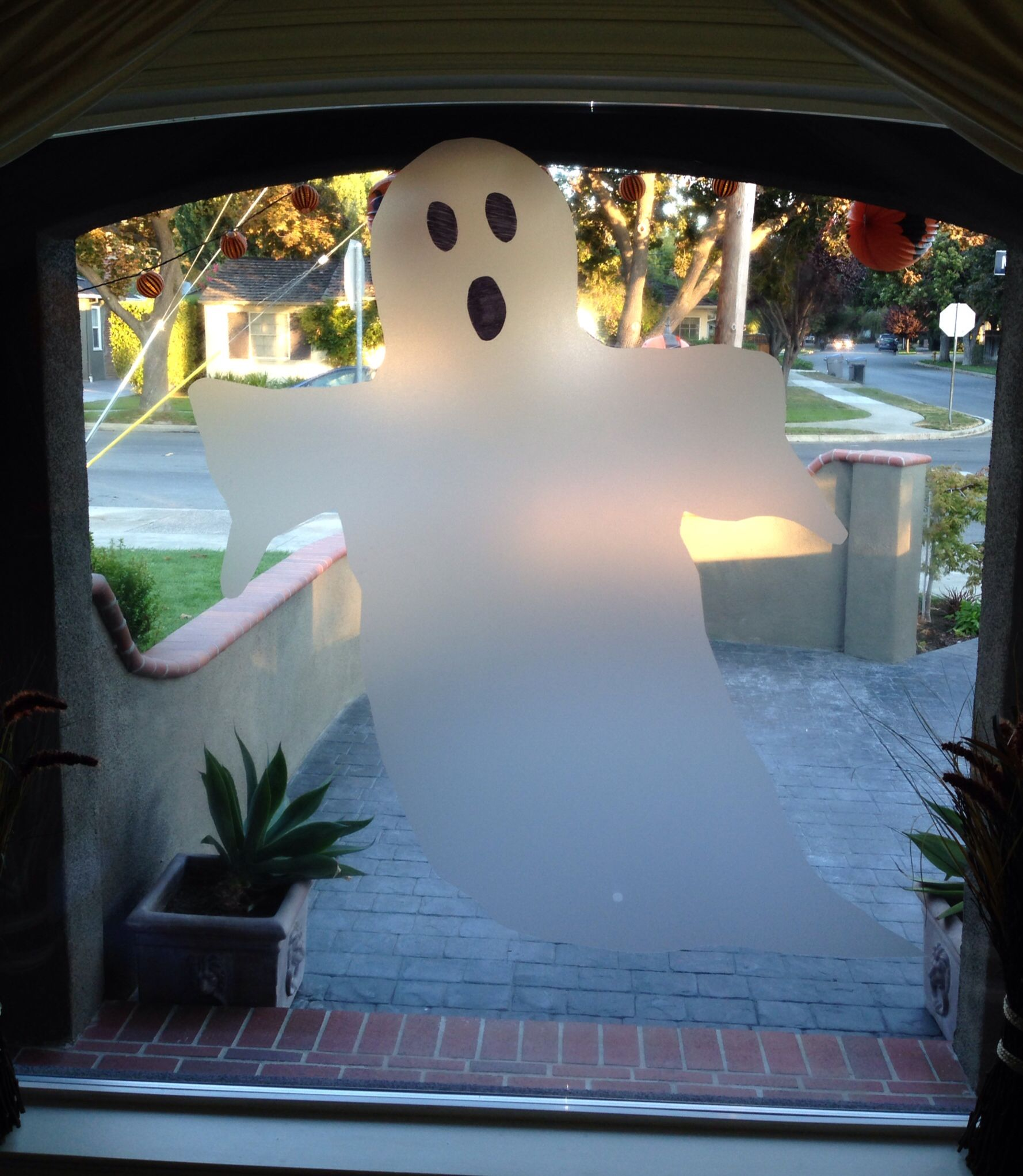 Halloween Ghost made from nonadhesive window cling film