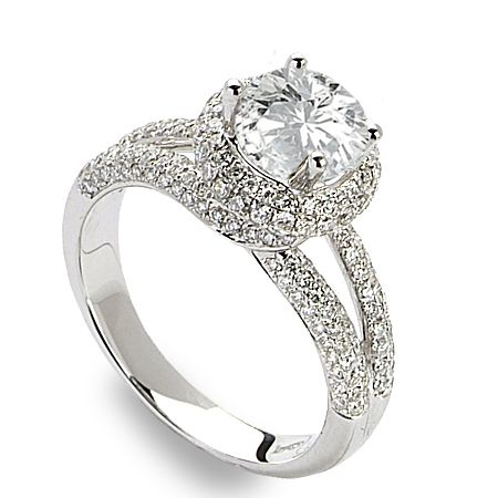 Diamond And Gold Warehouse Is A Jewelry Store In Dallas We Offer A Wide Array Of Wholesale Diamonds And Engag Jewelry Stores Buying Jewelry Wholesale Diamonds
