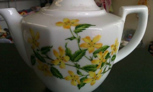 The Toscany Collection Tea Pot $15