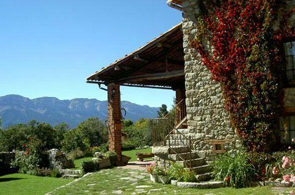 Casa rural en la cerdanya ideal para desconectar rodeado de naturaleza y con vistas - Casas espectaculares en espana ...