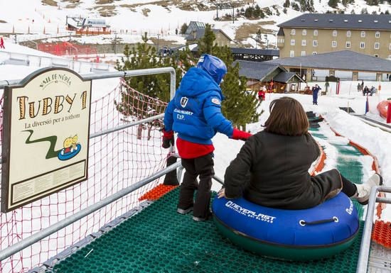Adventure Playgrounds In The Ski Resorts Esquí Esquiar