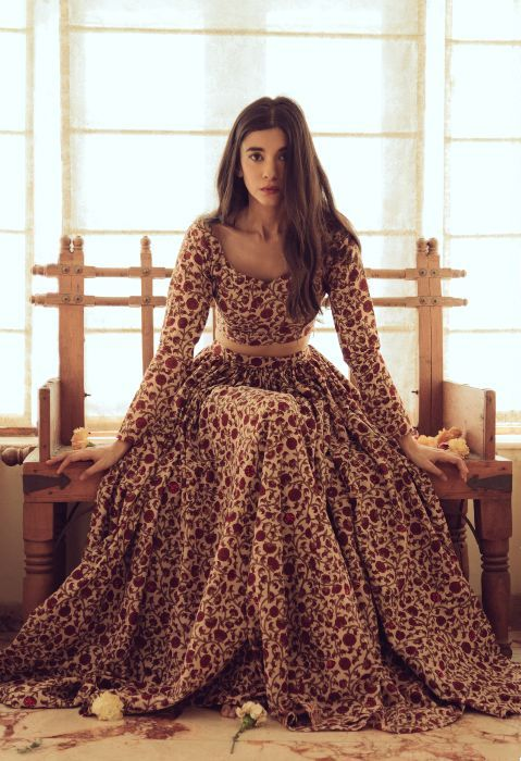 Cool Dulhan Dresses Stani Photo Of Bridal Wear Mogra Via Embroidery Appliques Indian Long Sleeves Wedding