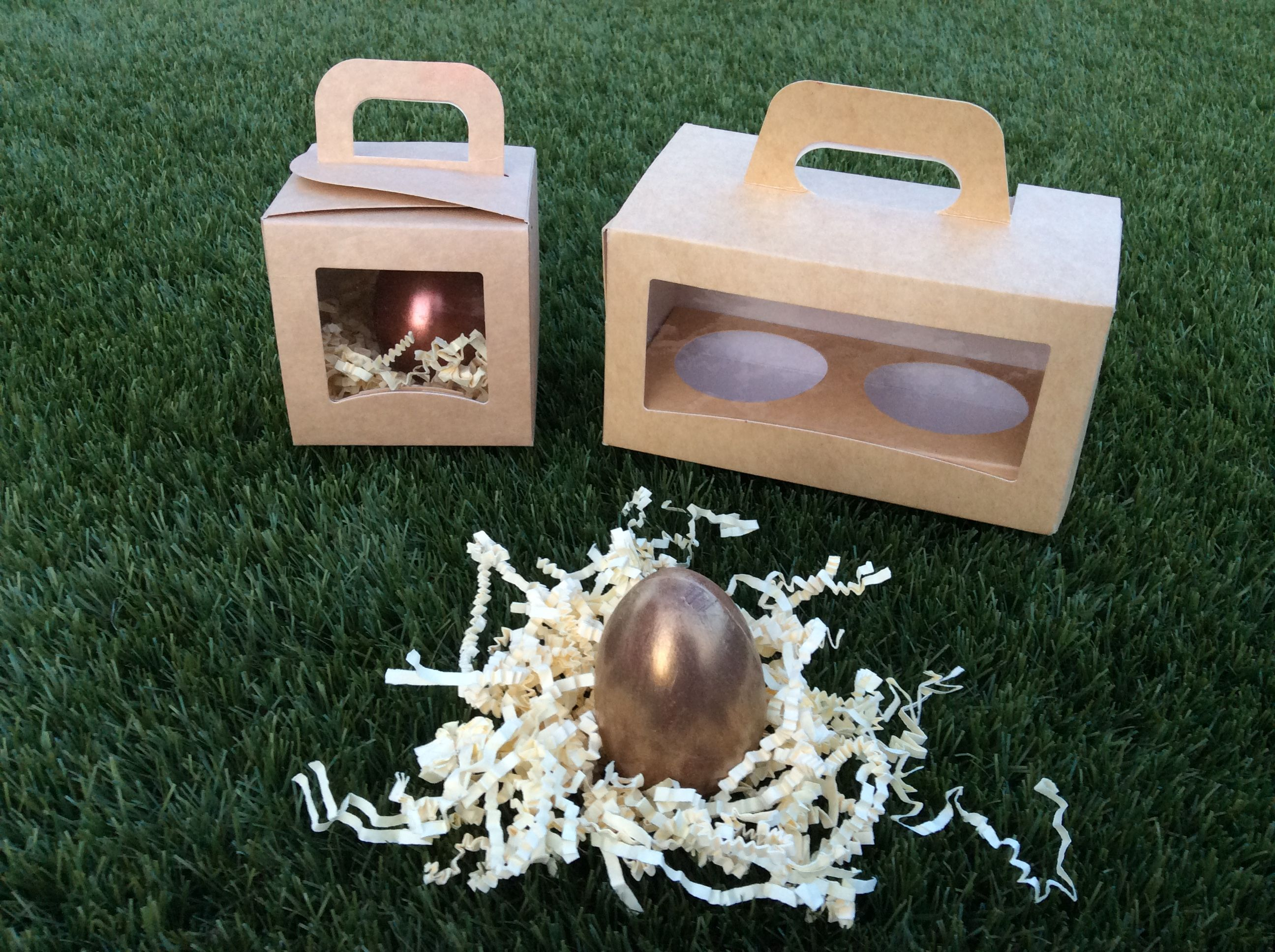 La gallina de los huevos de oro hoy ha puesto hoy sus huevos dentro ...