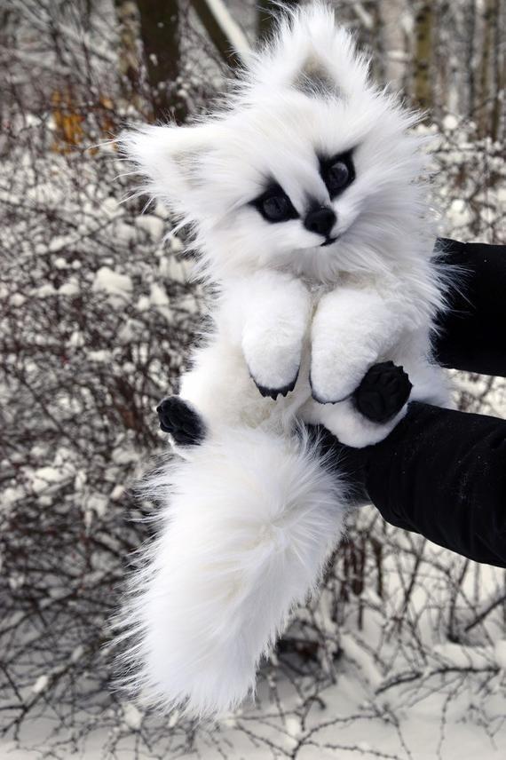 Direwolf White Puppy, Wolf Spielzeug, Skurrile Tiere & Fantasy Kreaturen aus Kunstfell und Fimo, Mystical Posable Animals Spielzeug für Coll – TB Prisci