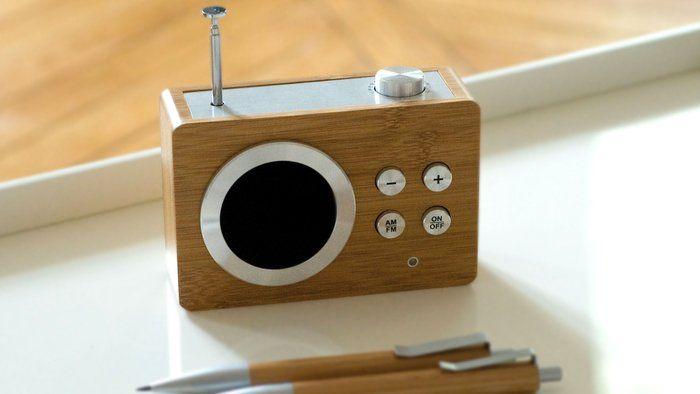 * mini radio, perfect for my kitchen